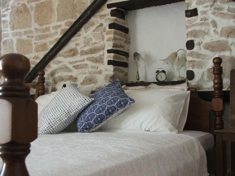 "Seaside Istrian Rural Stone Villa ""Besida"", holiday rental in Pavicini"