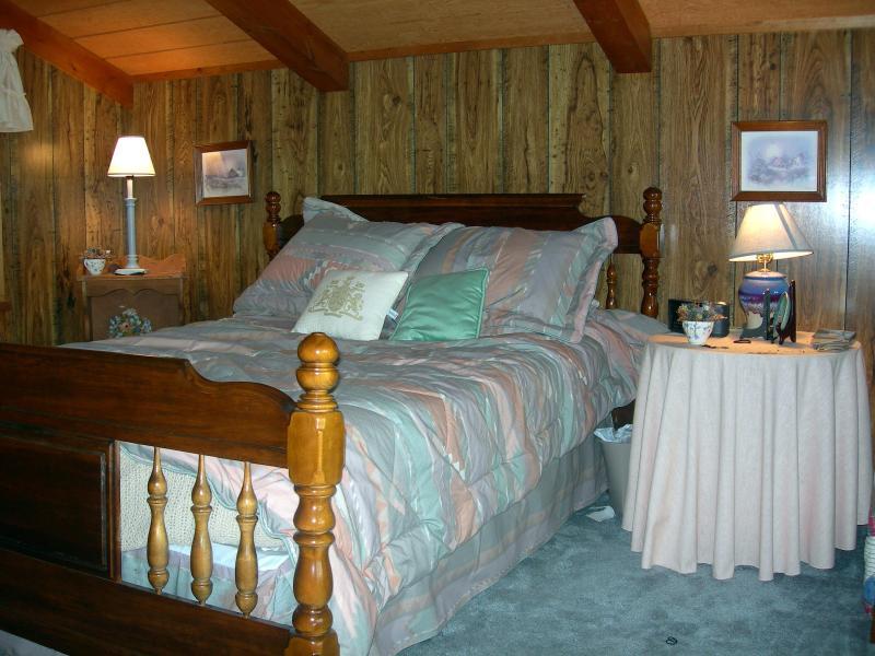 Loft Bedroom with Full Bath