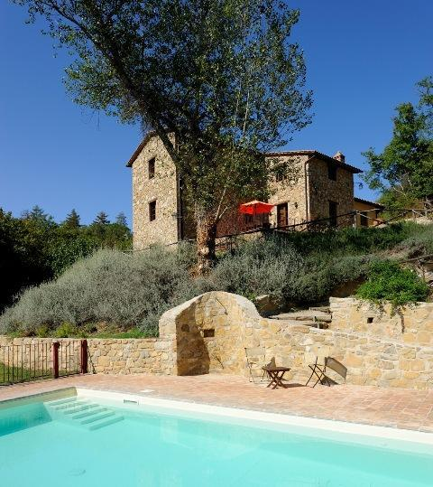 The Molinella complex and pool are in a quiet and beautiful setting, near the woods and a stream