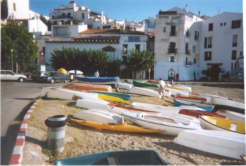 7 Bedroom House first line beach in the heart of Cadaques Spain, alquiler de vacaciones en Cadaqués