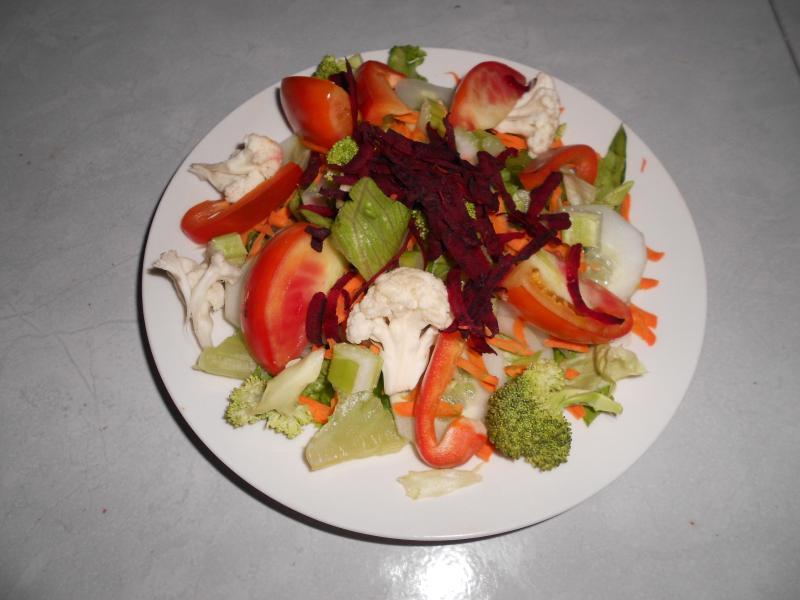 Sample salad plate
