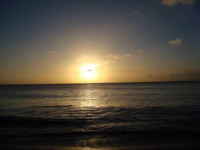 Beach directly across the road (Gibbes beach) at sunset...gorgeous EVERY night!