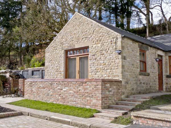 LEADMILL HOUSE WORKSHOP, romantic, off road parking, garden, near Barnard, holiday rental in Ramshaw