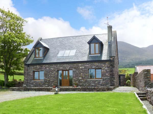 Finn House, Castlegregory, county kerry, holiday rental in Cloghane
