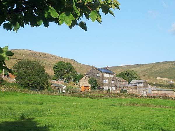 JENNY'S COTTAGE romantic retreat, woodburning stove, eco-friendly, Ref 20614, holiday rental in Mossley