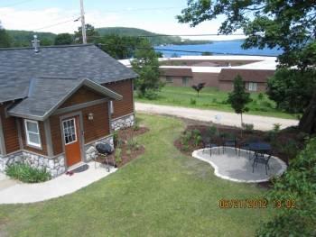 Harbor Cottage,Lake Superior View, in town, Pictured Rocks!, alquiler de vacaciones en Au Train