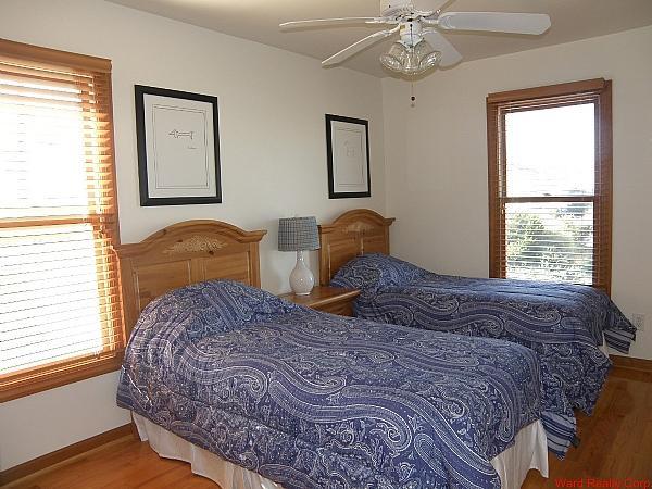 Sur Habitaciones Wrst w / 2 camas individuales