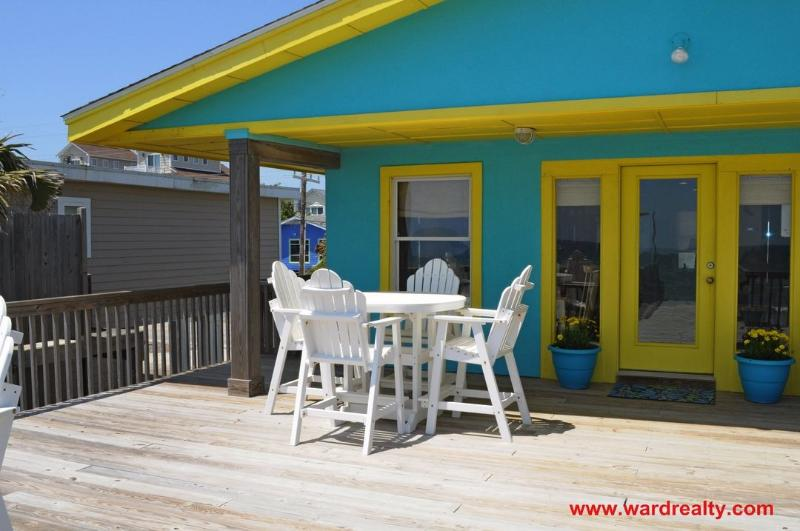 Oceanfront Deck w/ Covered Porch II