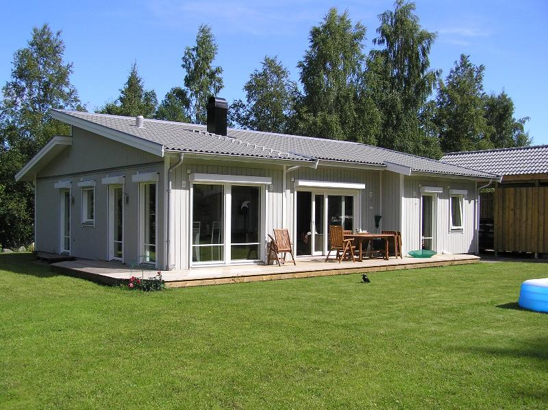 Luxurious home with sauna+WLan, near Lake Vättern – semesterbostad i Västra Götalands län