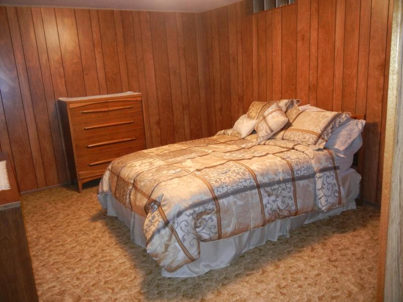 Lower level bedroom with double bed