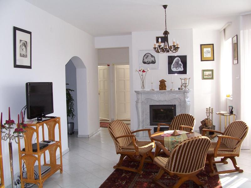 Lijoli Apartment, holiday rental in Lovas