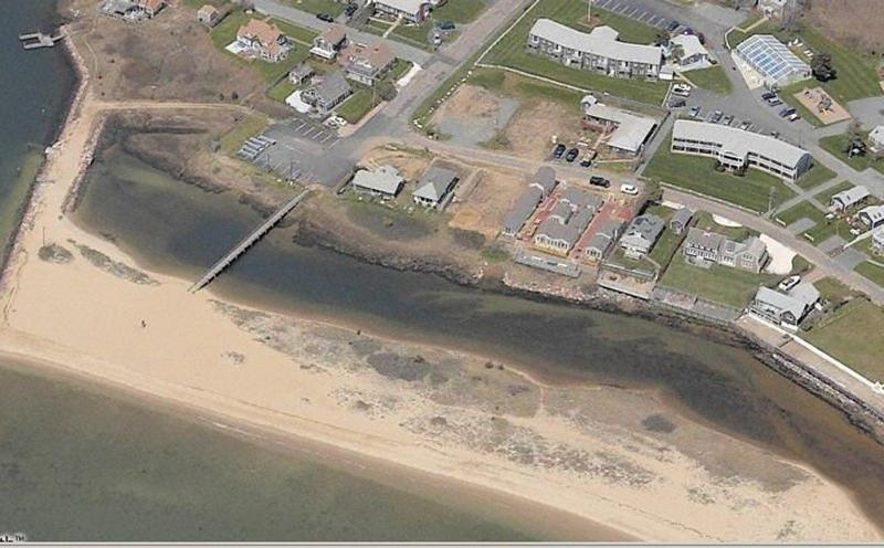 Colonial Acres Beach 1000 feet wide. Free Parking 12 cars.