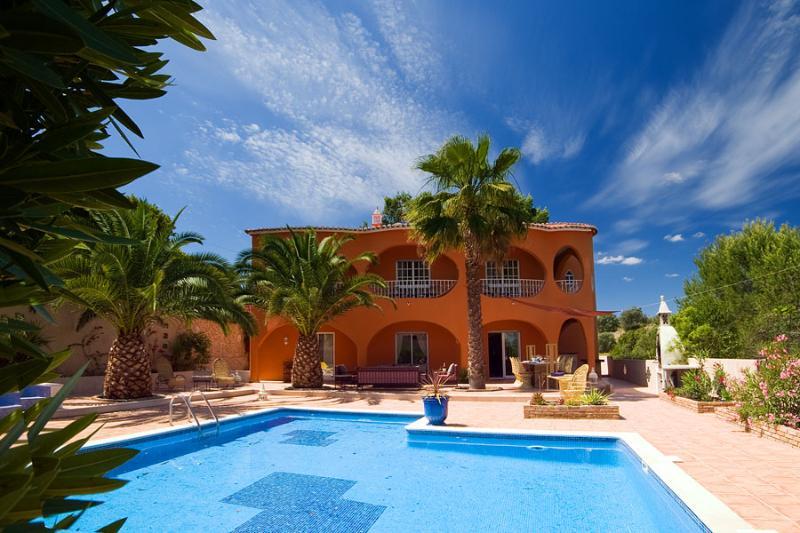 Villa Camaleao