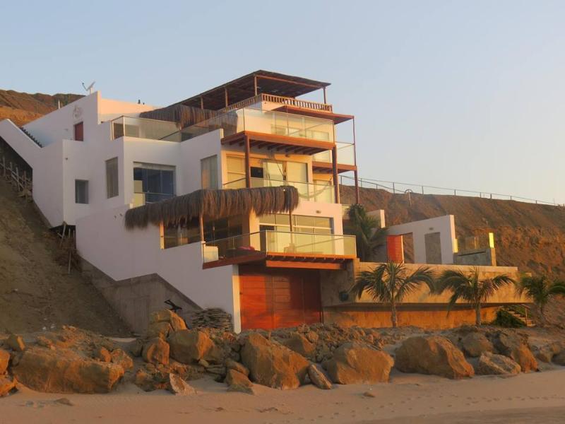 Casa Vikinca in sunset