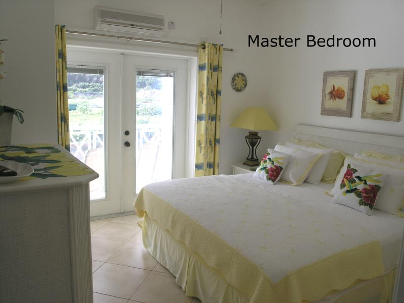 OLEANDER-Beautiful 1 bed Beachfront Condo, vacation rental in Basseterre