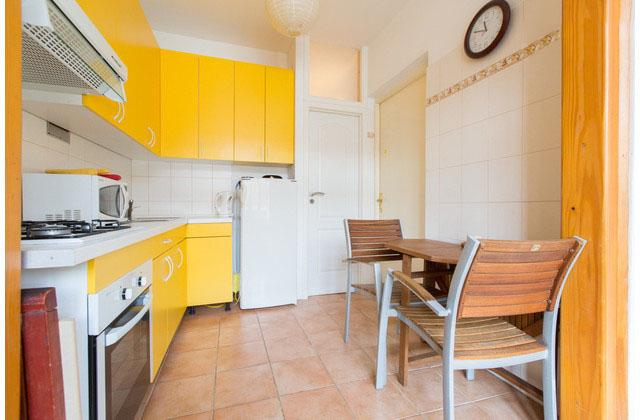 Avis flat near main railway station bus terminal, vacation rental in Zagreb