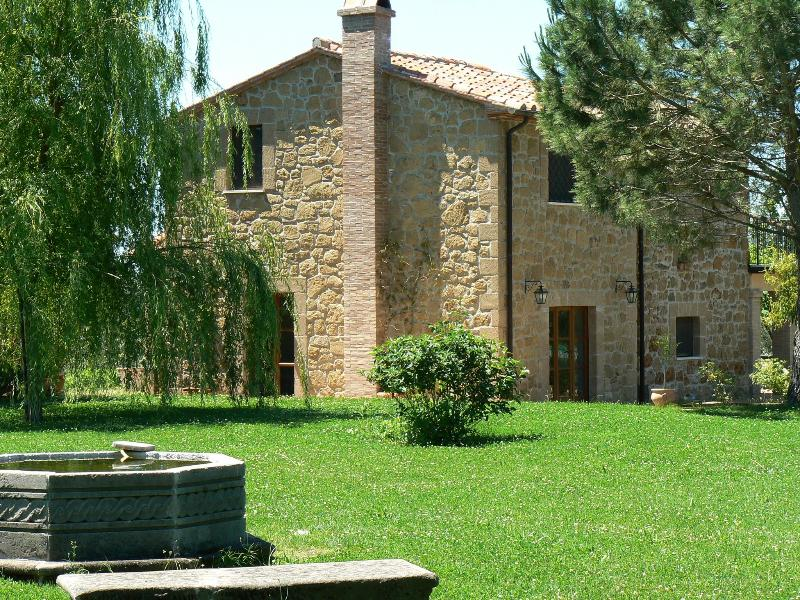 Agriturismo I Tre Casali - Sovana, vacation rental in Catabbio