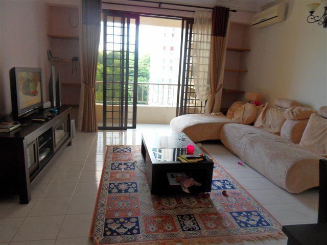Paradise in Penang - Miami Green Condo, holiday rental in Batu Ferringhi