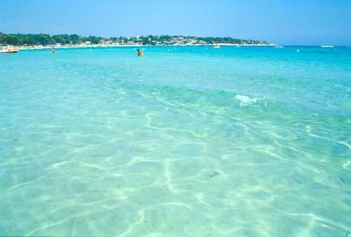 Fontane Bianche Beach Crystal-clear waters and white sandy beaches !!!