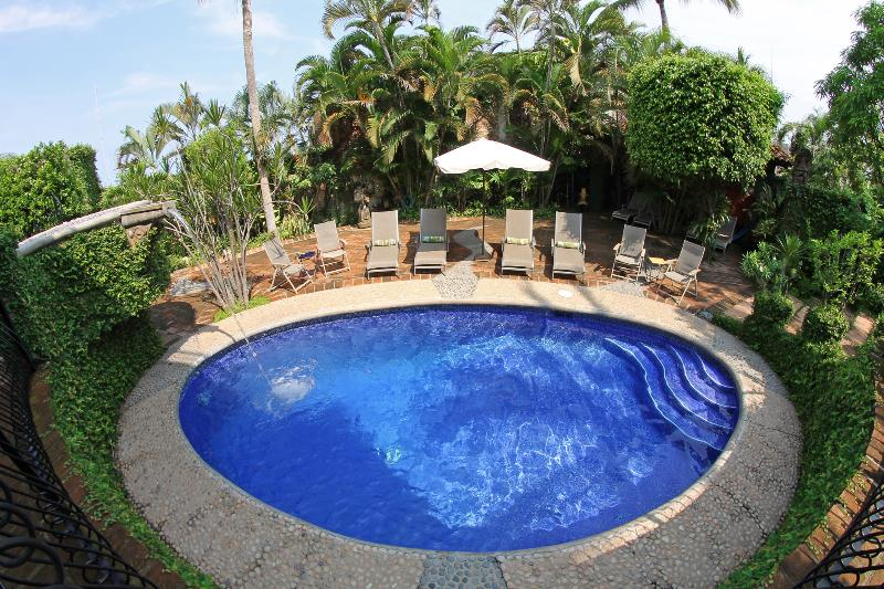 10% off Now! Casa Corona: 6 Master Suites + Private Pool!, vacation rental in Puerto Vallarta