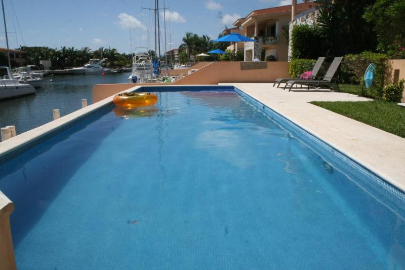 Los Vientos ll - Beautiful, large 2bdrm 2bthrm, Canal front leading to the Sea., vacation rental in Paamul