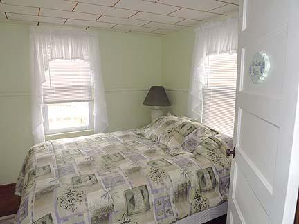 1er étage chambre avec Queen
