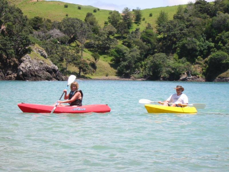 Kayaking Taiwawe Bay