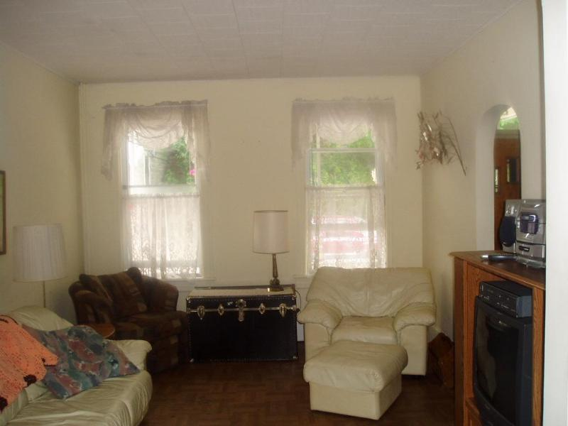 Friendly Home in town.  Clean, Comfortable., holiday rental in New Tripoli