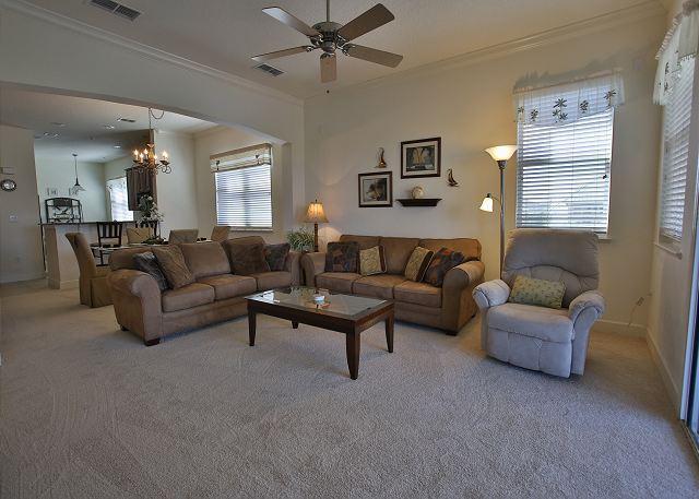 Gorgeous Roomy Corner Condo at Cinnamon Beach Unit 931! Steps to the beach!!, location de vacances à Palm Coast