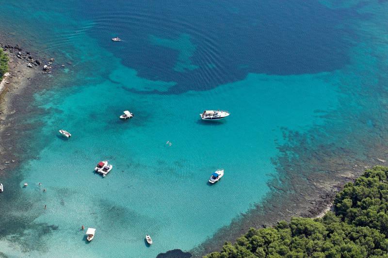 Local Bay of Perna