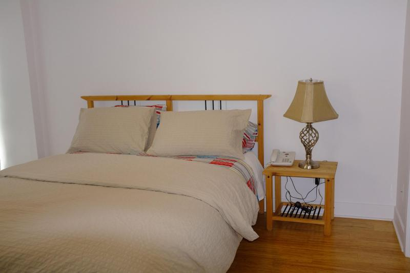 New fully-furnished apt for rent downtown Montreal, vacation rental in Montreal