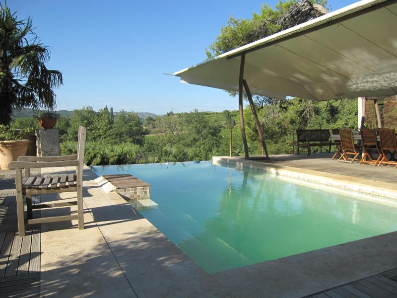 5 rooms - Historical property - Bio swimming pool, vacation rental in Thezan-des-Corbieres