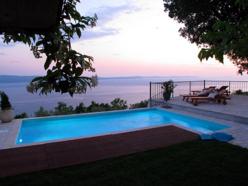 Luxury Villa Aurora**** near Split ,heated pool, vacation rental in Split
