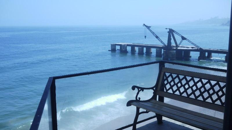 3 bedroom apartment on the beach, alquiler vacacional en Viña del Mar