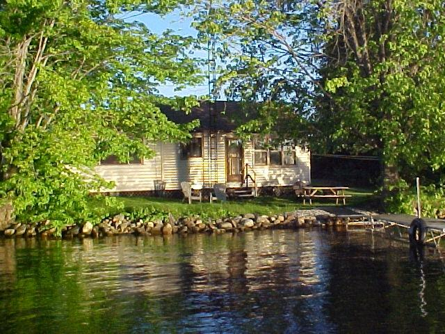 LAKE ESCAPE ,Upper Rideau Lake,Westport Ontario, vacation rental in Seeley's Bay