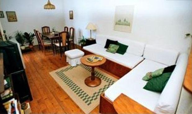 Apartment Nina Dubrovnik, Ploce - 10min walk to Old Town, vacation rental in Dubrovnik