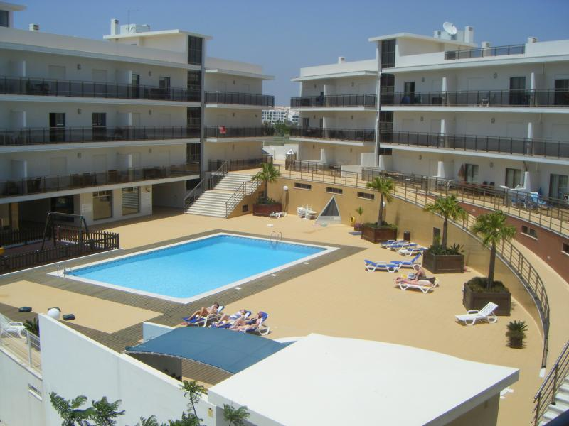 Solario de Sao Jose - Prime & peaceful Albufeira location, vacation rental in Albufeira