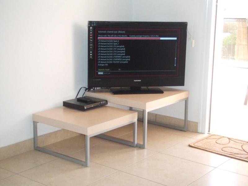 32' HDTV y DVD