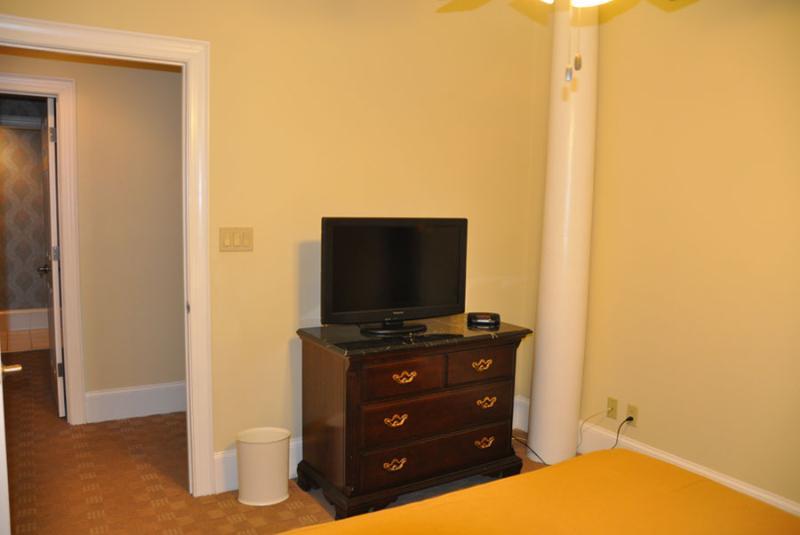 Suite 2 Bedroom 1 TV and dresser.