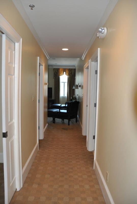 View of the Hall to visualize how the apartment is laid out.