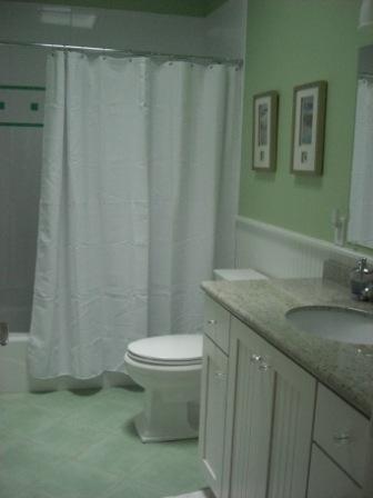 2nd Floor Hallway Bathroom