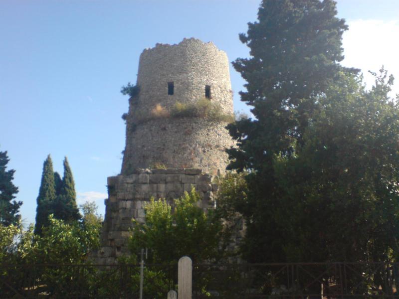 Túmulo de Cícero - Formia.