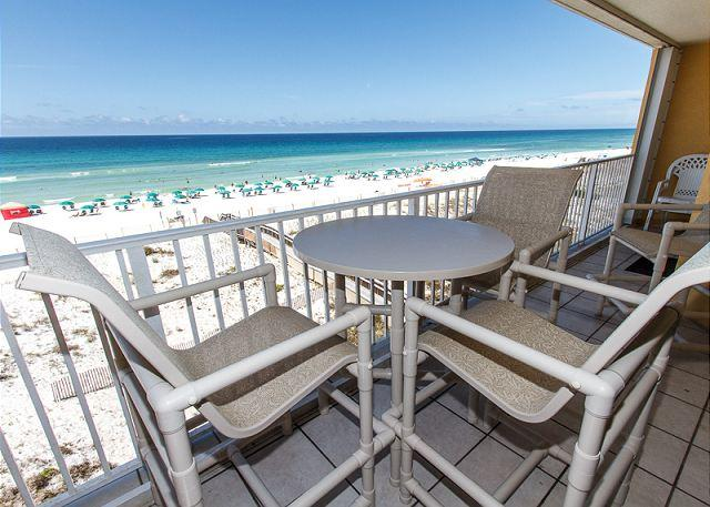 Outstanding views from the 4th floor BEACH FRONT balcony are wai