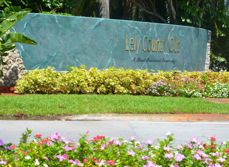 Sign of Development-Lely Country Club