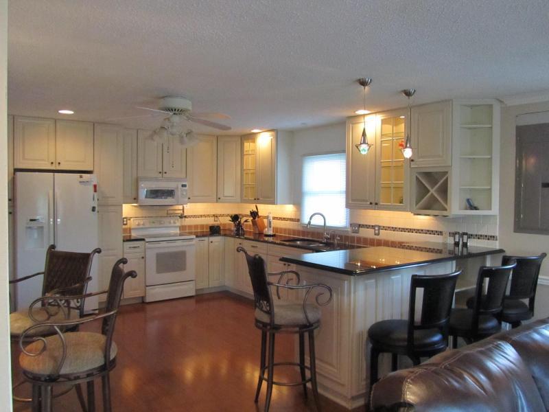 New Kitchen upper level