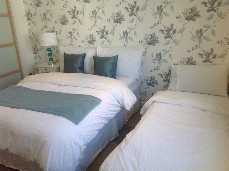 Per grandi gruppi di ospiti possono essere eretto nelle camere letti singolo ospite (5/6people)