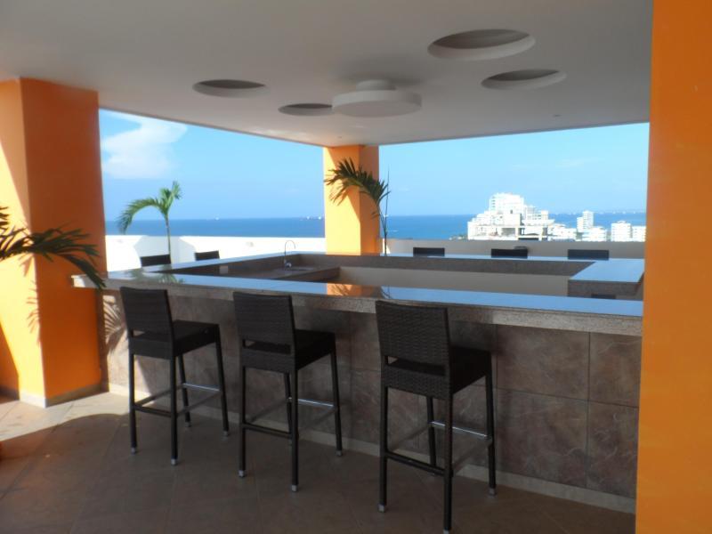 Bar (Terrace)
