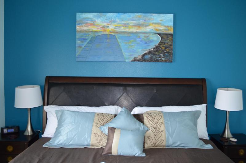 Master bedroom, memory foam king size bed