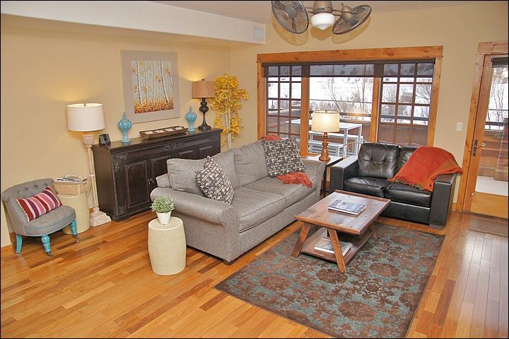 Right out the door is a second floor patio with views of the Yampa River and Howelsen Hill mtn park