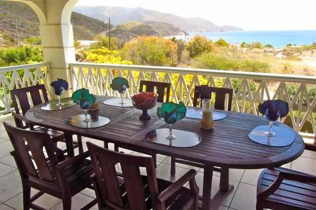 Dining on the veranda w/ ocean view.